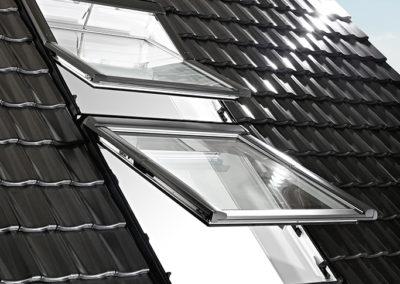 Roto Kombinationseinbau <br>Für alle, die noch mehr Licht im Dach brauchen!