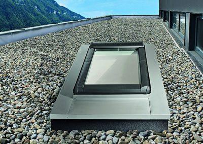 Roto Designo Flachdach Plus<br> Ein vollwertiges Dachfenster auch im Flachdach.